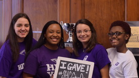 Philanthropy interns played a key role in Give Day. (photo: Kristen Dunham)