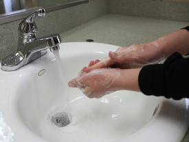 Student Washing Hands (photo: )