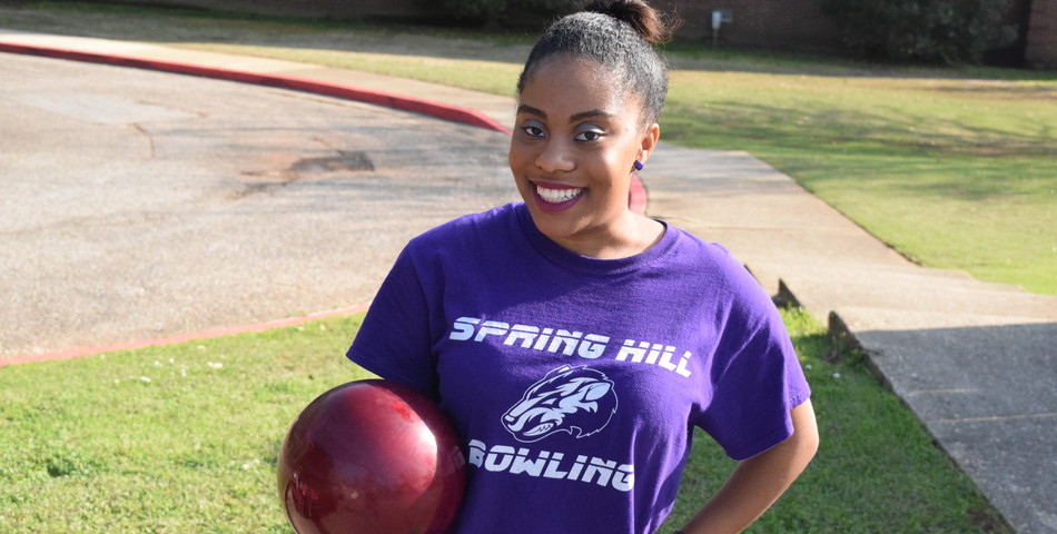 Walter Massey : Senior Erianna Roy is bittersweet about her final bowling season.